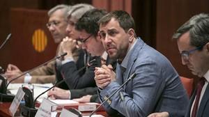 El conseller Comín, durante su comparecencia en la Comisión de Salud del Parlament.