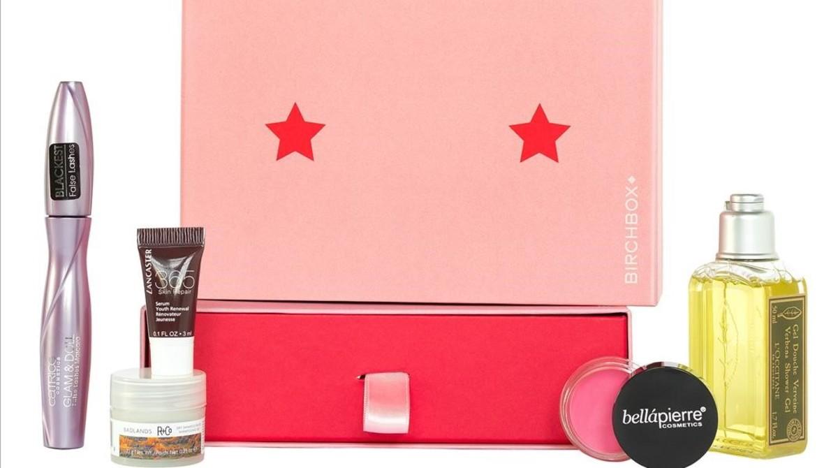 Birchbox lanza una caja solidaria con notivo del Día Mundial Contra el Cáncer de mama.