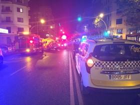 Un coche sin conductor hiere gravemente a un hombre en Madrid.