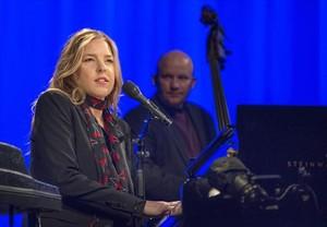 Diana Krall, durant el concert que va oferir a l'Auditori del Fòrum.