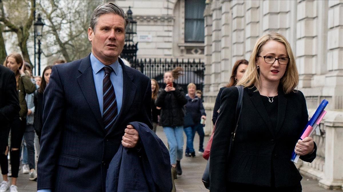 Dos de los aspirantes a liderar el Partido Laborista, Keir Starmer y Rebecca Long-Bailey, en una imagen de archivo.