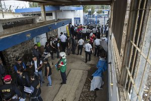 Un motín entre prisionerosen una prisión de Guatemala.