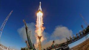 Imagen de archivo del lanzamiento de la Soyuz MS-10.