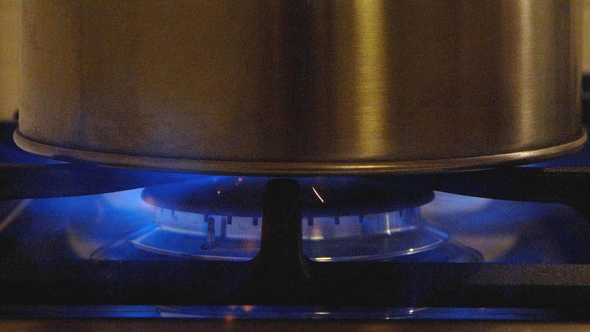 La llama de una cocina a gas.