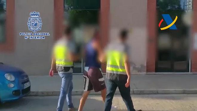 Detinguts cinc treballadors del port de Màlaga que intentaven obrir una nova via d'entrada de droga