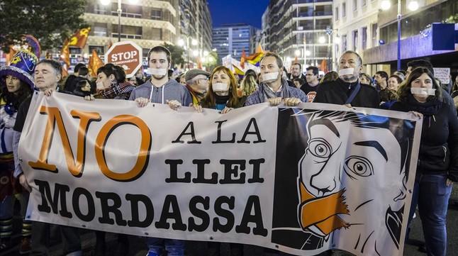 Manifestación en contra de la ley mordaza en Valencia.