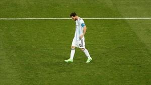 Messi, abatido tras la derrota ante Croacia.