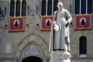 Sede central del Monte dei Paschi de Siena.