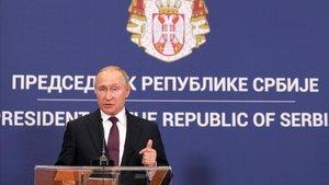 El presidente de Rusia,Vladimir Putin, en una rueda de prensa en Serbia.
