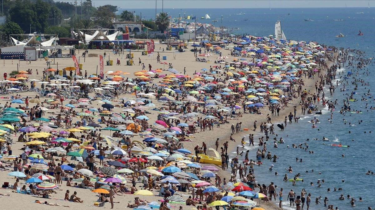 Una de las playas de Calella.
