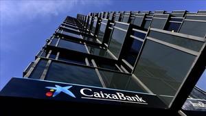 Torna l'estafa a clients de CaixaBank
