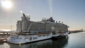 El MSC Seaside, en el muelle Adossat.