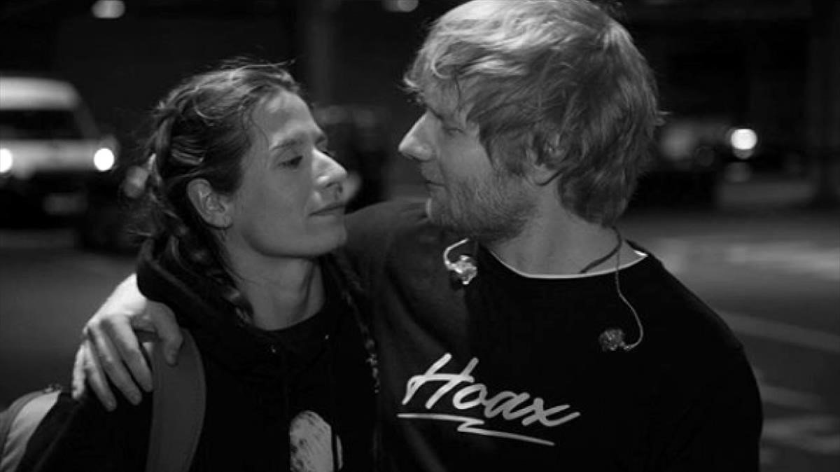 Ed Sheeran y Cherry Seaborn.