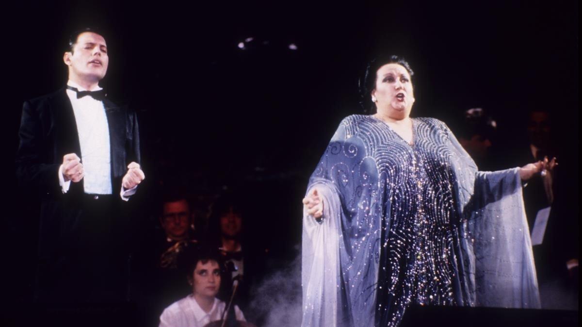 El Dia En Que Freddie Mercury Cayo A Los Pies De Caballe