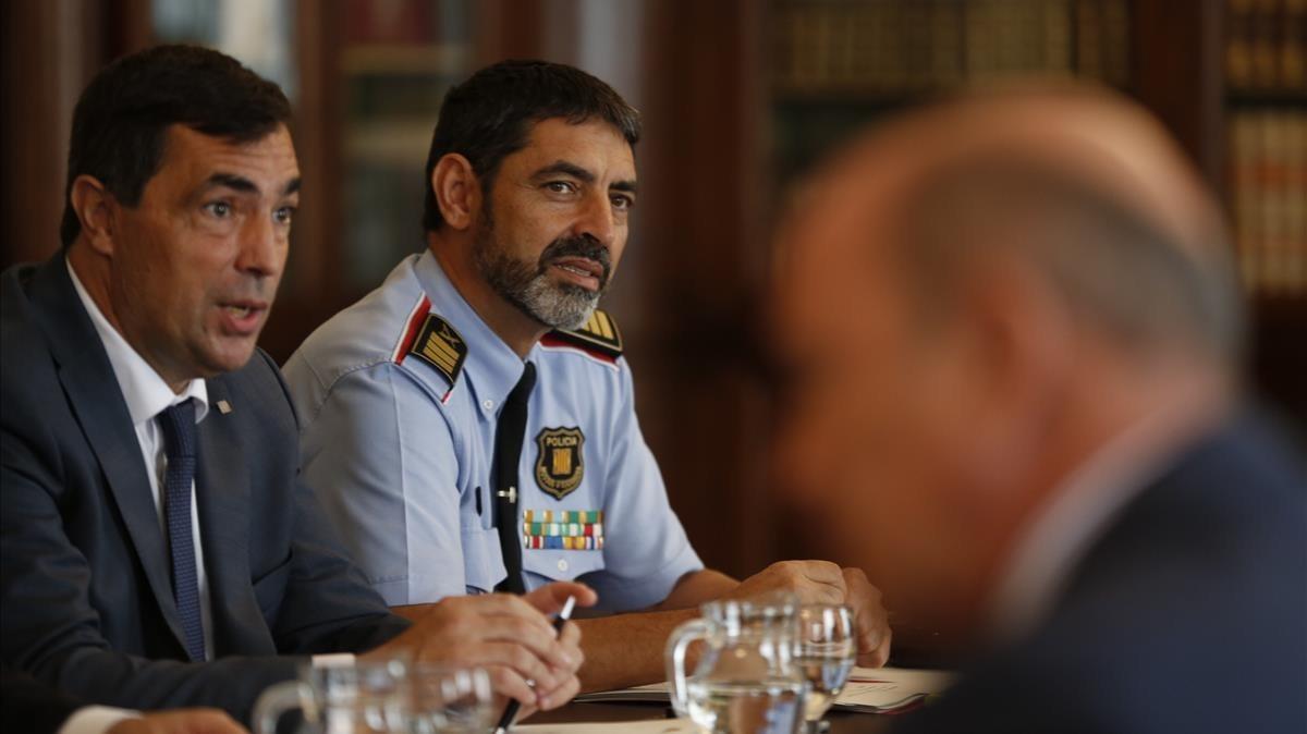 Reunión de la Junta de Seguridad en el Palau de Pedralbes.