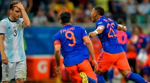 Colòmbia allarga la incertesa de l'Argentina amb un categòric 2-0