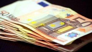 Asociaciones de consumidores de EEUU y Europa piden garantizar los pagos en efectivo