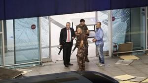 Miembros de las fuerzas especiales turcas enel aeropuerto de Estambul tras el atentado del 28 de junio del 2016.