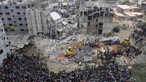Aspecto de cómo quedó el edificio de la fábrica téxtil Rana Plaza.
