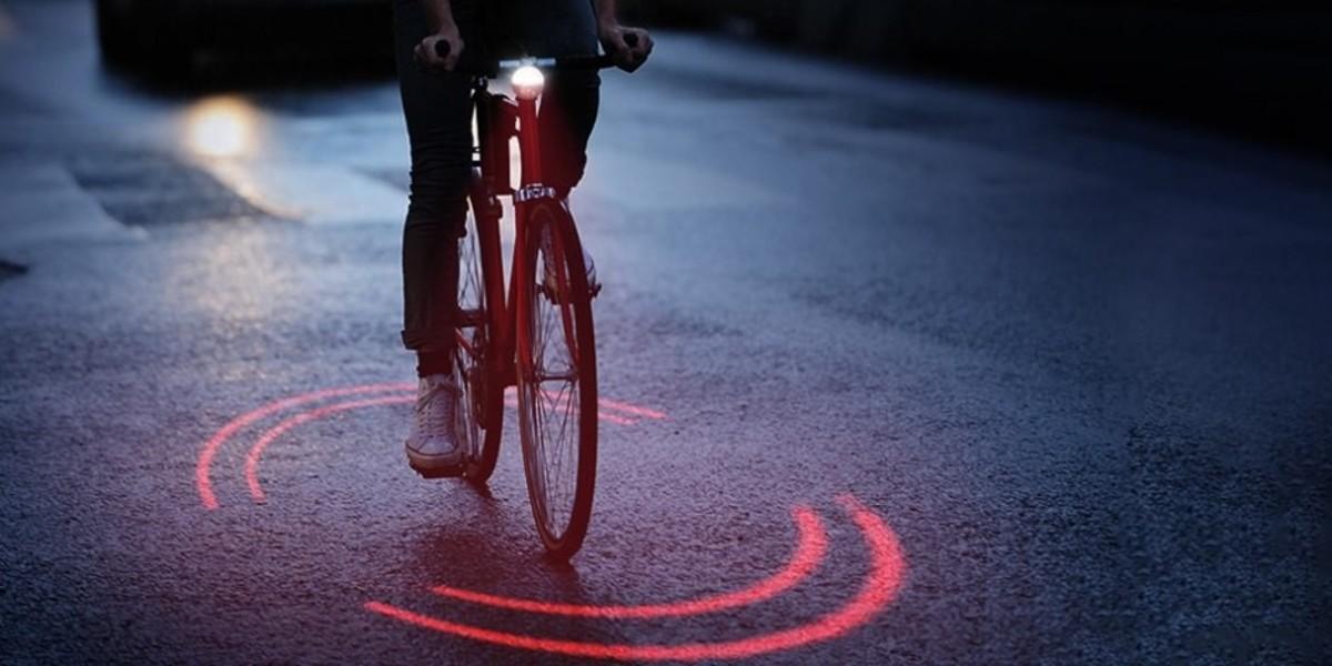 El dispositivo genera un círculo sobre el asfalto para extremar la precaución.