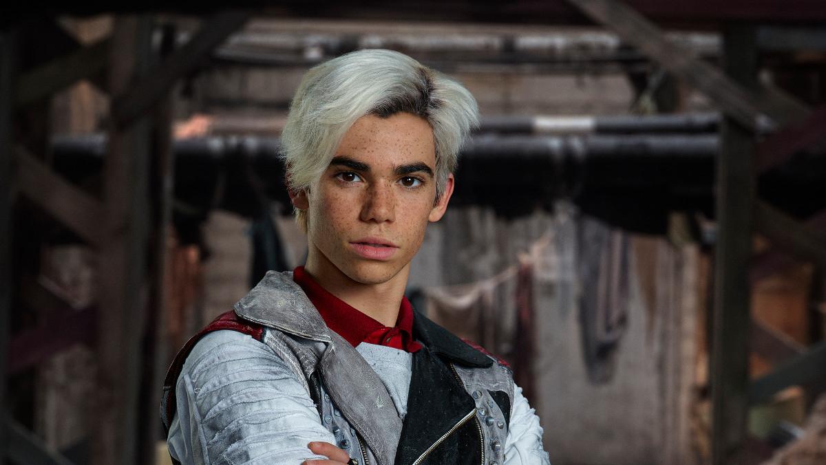 Cameron Boyce, caracterizado para la película de Disney Channel Los descendientes 2.