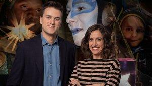 Eloi Cordomí y Ester Bertran, presentadores de TV-3, en la cabalgata de los Reyes Magos de Vilanova i la Geltrú.