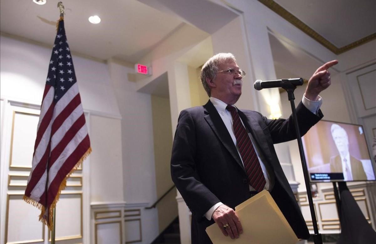 El consejero de Seguridad Nacional de EEUU, John Bolton, en la rueda de prensa en la que advertía de represalias al Tribunal Penal Internacional.