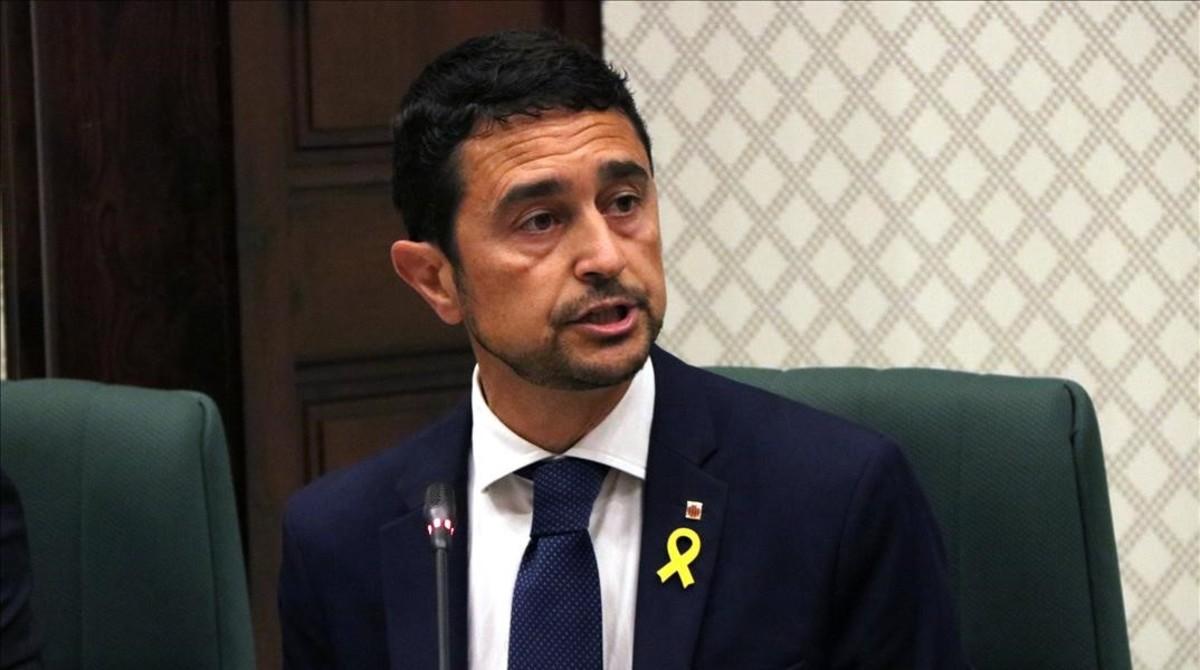 Elconseller de Territori i Sostenibilitat, Damià Calvet, en el Parlament este lunes.