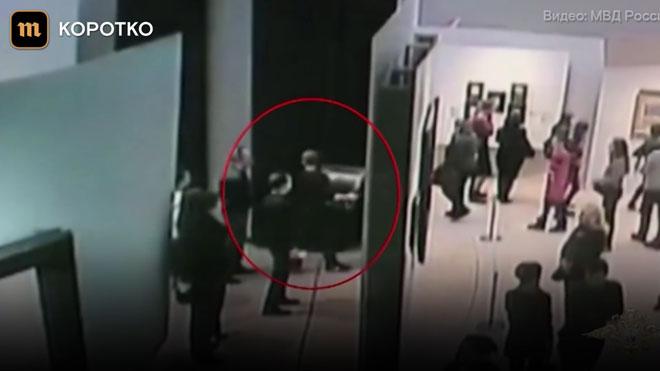 Robat i recuperat poc després un quadro de la Galeria Tretiakov davant de la mirada dels visitants