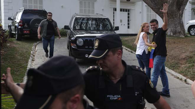 España asegura que no tiene intención de entregar a Leopoldo López.