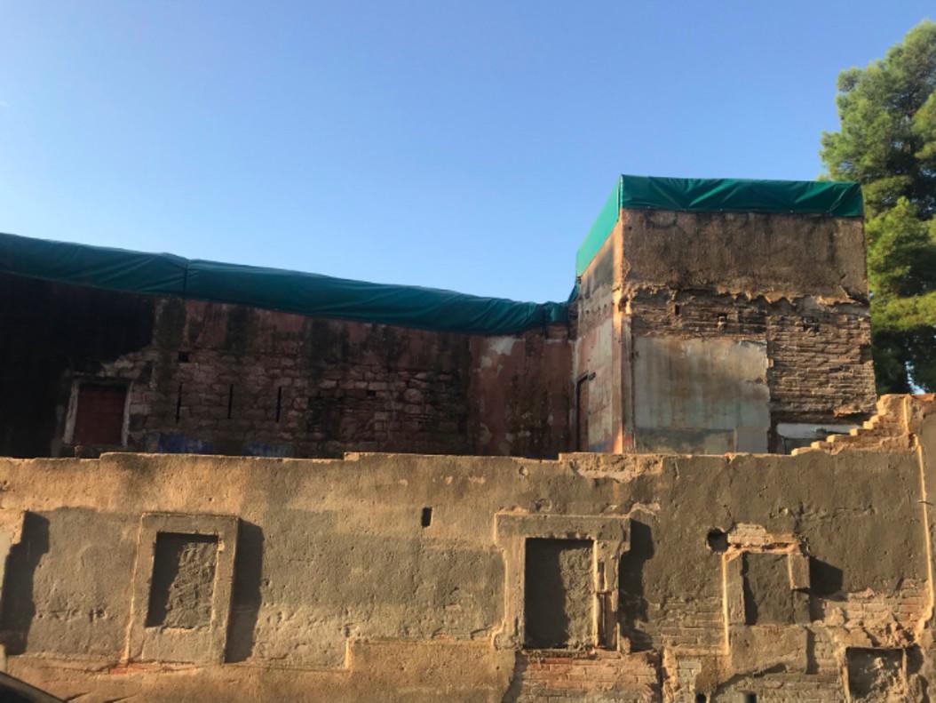 Estado actual del Castillo de Bellvís en el barrio de la Torrassa de LHospitalet