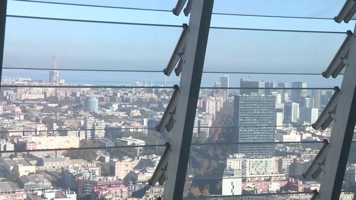 El gigante de internet Facebook instalará en la Torre Glòries de Barcelona un centro operativo destinado a luchar contra las noticias falsas.