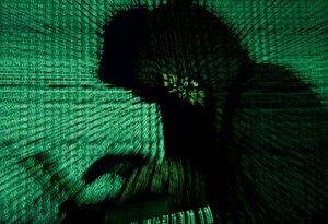 El FBI denuncia ciberataques de gobiernos a centros de investigación de coronavirus