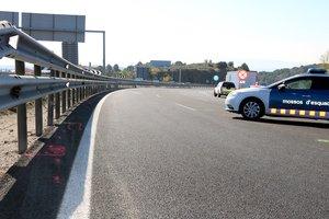Mor un motorista al sortir de l'A-2 al Bruc (Barcelona)