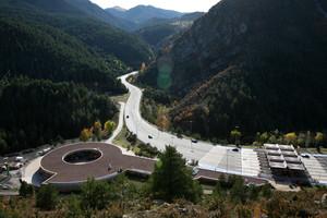 30.10.09 25 anys de la contrucció del Tunel del Cadi ,punts de vista semblants als de unes fotos fetes durant les obres del tunel