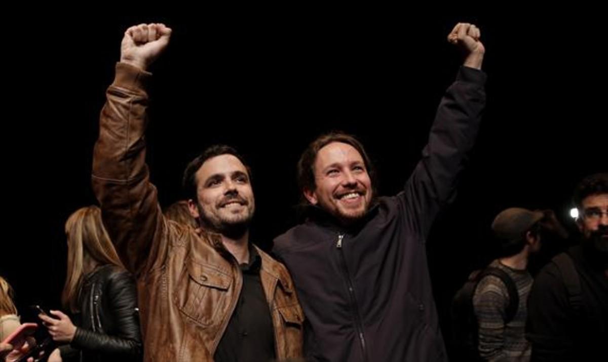 Garzón e Iglesias celebransu acuerdo de coalición para el 26-J.