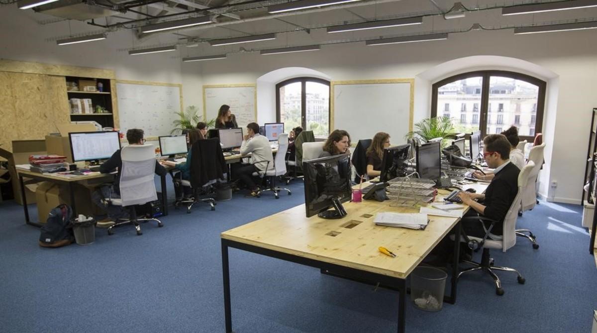 Instalaciones de Barcelona Tech City con varias start-ups en el Palau de Mar de Barcelona.