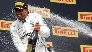 Lewis Hamilton (Mercedes) celebra el triunfo en el GP de Francia de Fórmula 1