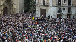 Concentración de la Asociación de víctimas del accidente del metro de Valencia el día 3 de julio del 2015.