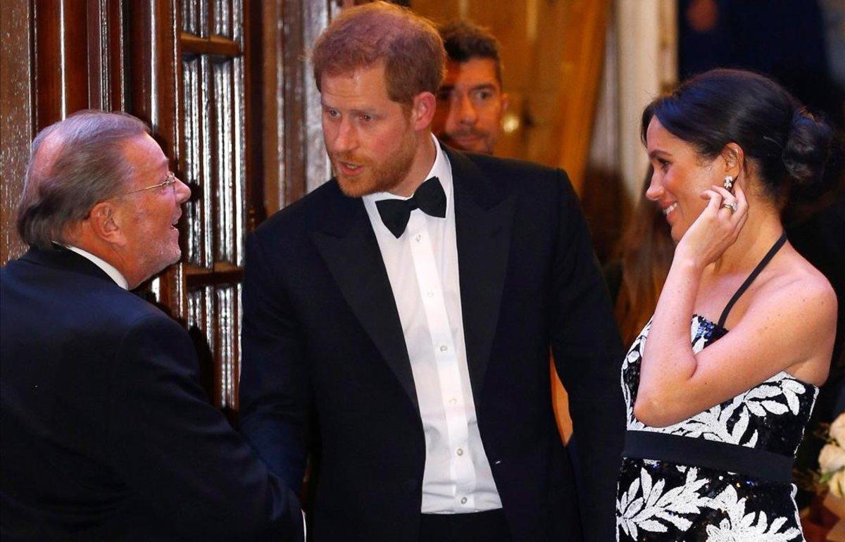 Meghan Markle luce tripita en su primera gala desde su embarazo.