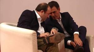 Miquel Iceta y Pedro Sánchez, en la sede del PSC en octubre del 2015.