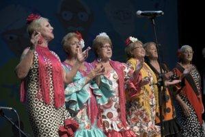 Arrenca la Setmana de la Gent Gran a l'Hospitalet amb la Tarda Musical i un homenatge a persones centenàries
