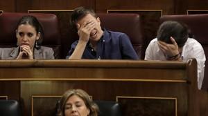 Pablo Iglesias, Íñigo Errejóne Irene Montero, en el Congreso de los Diputados.