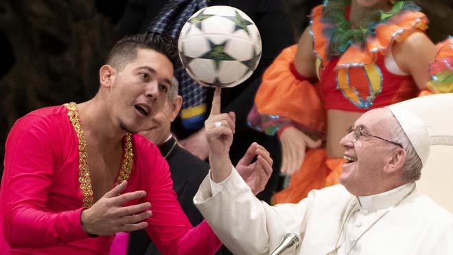 """El Papa demana als """"hipòcrites"""" que no vagin a missa"""