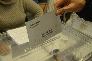 La Creu Roja acompanyarà persones amb mobilitat reduïda als col·legis electorals d'Esplugues