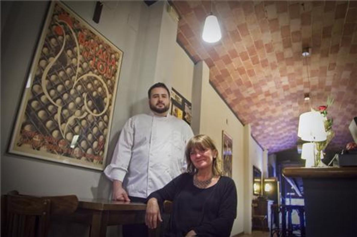 Pere Carrió y Jo Mestres en el restaurante Gat Blau. Foto: Joan Puig