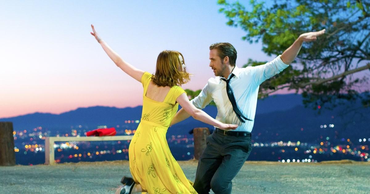Ryan Gosling y Emma Stone, en una escena del musical La La Land.