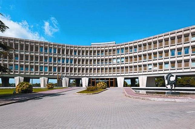 Sede 8 El edificio central de Catalana Occidente.