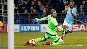 Sterling firma el 2-3 del City al Schalke en el último minuto del partido.