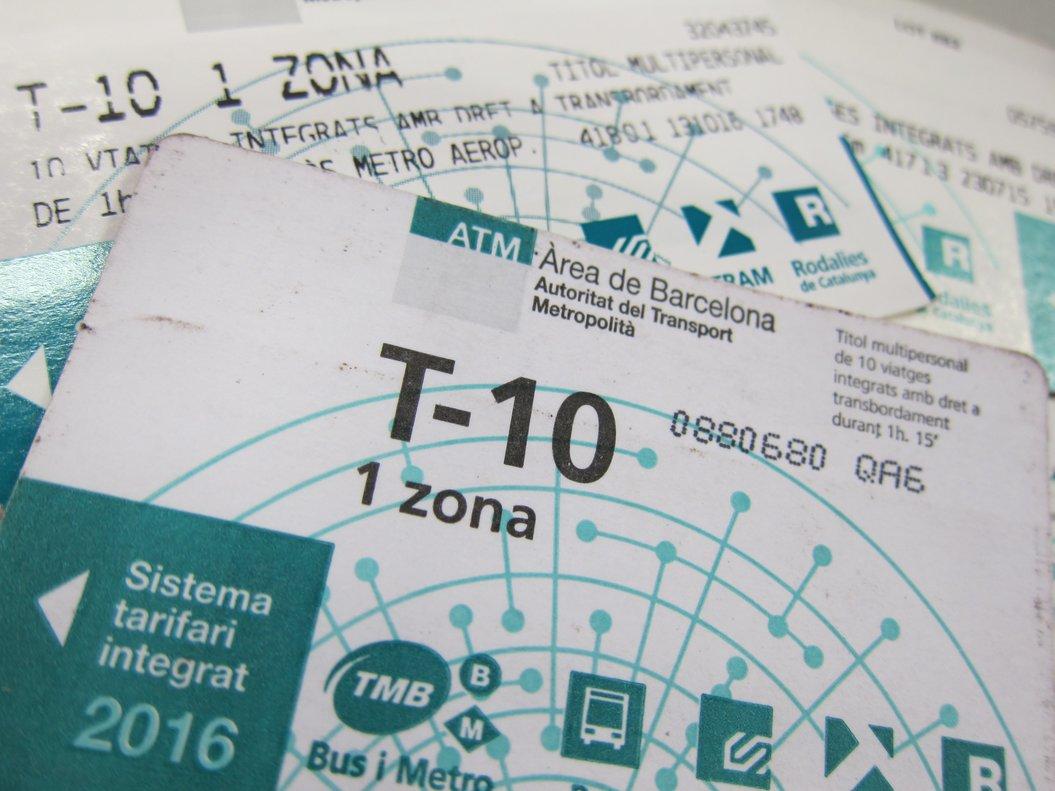10/02/2017 Tarjeta T10 (T-10) del metro de Barcelona